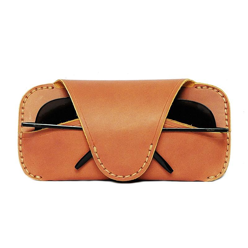 Glasses-leather-belt-loop-formen-1