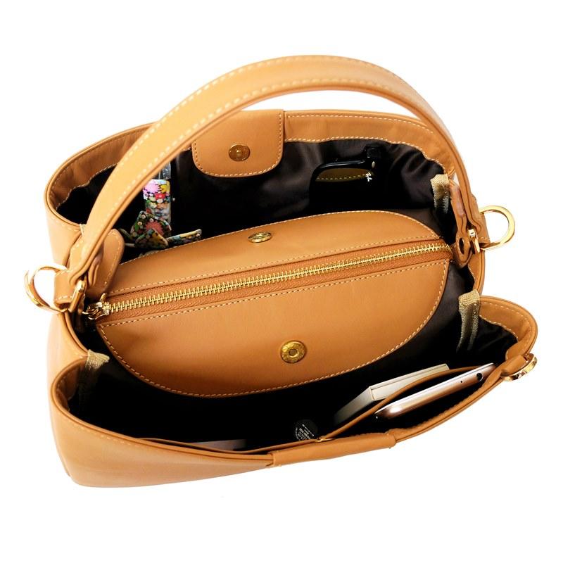 open handbag valley