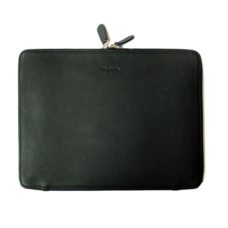 techfolio-black-leather-2