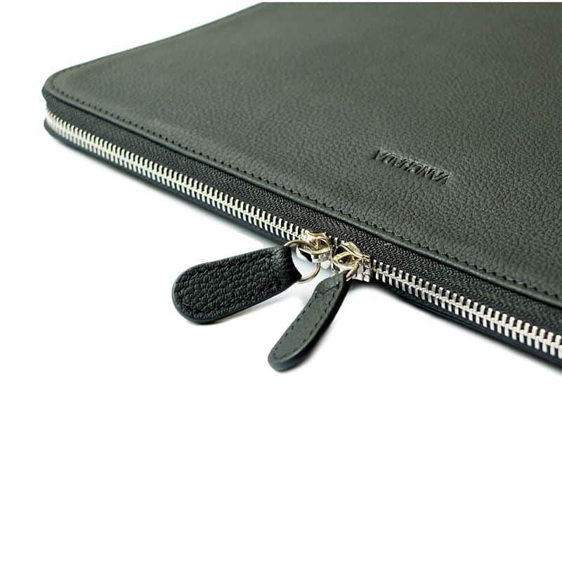 techfolio-black-leather-4